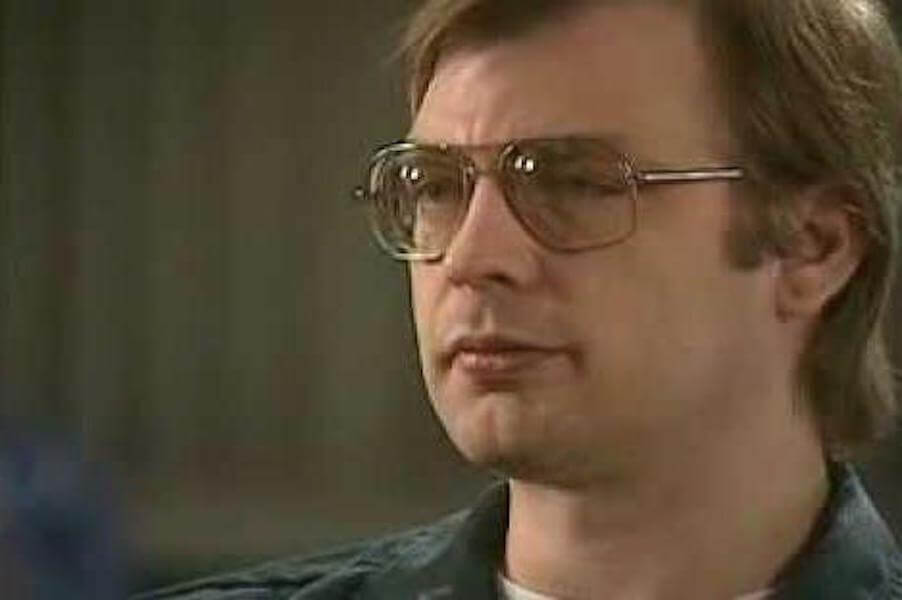 a review of the general characteristics of serial killers They are all infamous serial killers  , there tends to be a general consen-sus among reactions to serial killings by the public  donald's characteristics.